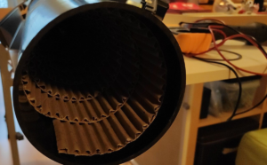 Highend HI-FI Luftbremstechnik mit Pappe