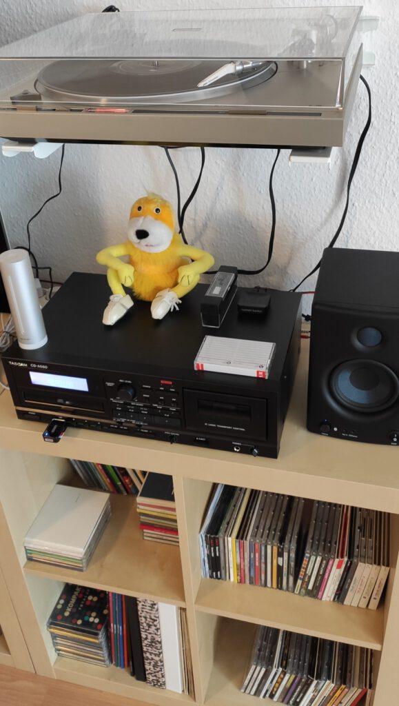 Tascam A580 mit Presonus E4.5BT und Pioneer PL-200